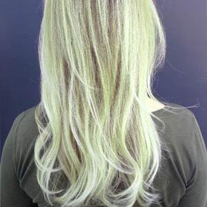 zielone włosy po basenie